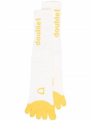 Носки в виде картошки фри Doublet. Цвет: белый