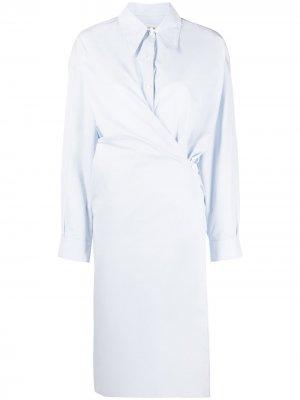 Платье-рубашка с драпировкой Lemaire. Цвет: синий