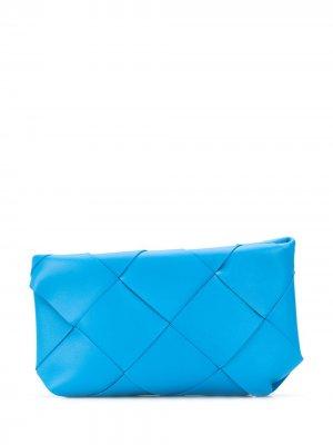 Большой клатч с плетением Intrecciato Bottega Veneta. Цвет: синий