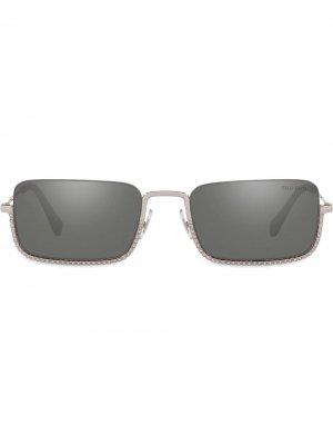 Солнцезащитные очки MU70US Miu Eyewear. Цвет: серебристый