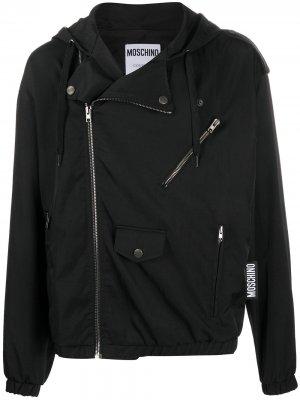 Куртка с капюшоном и логотипом Moschino. Цвет: черный