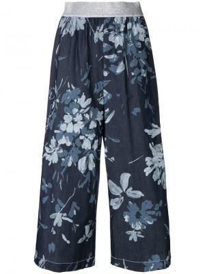 Укороченные брюки с цветочным принтом I'M Isola Marras. Цвет: синий