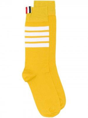 Носки с 4 полосками Thom Browne. Цвет: желтый
