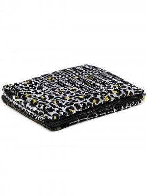 Жаккардовое полотенце с логотипом Moschino. Цвет: черный
