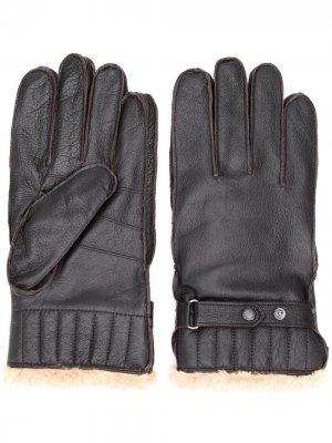 Перчатки с искусственным мехом Barbour. Цвет: коричневый