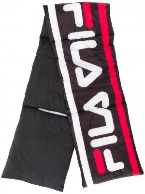 Дутый шарф с логотипом Fila. Цвет: синий