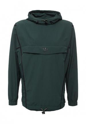 Ветровка adidas Originals. Цвет: зеленый