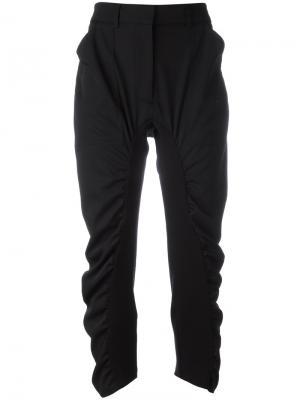 Укороченные брюки с присборенной отделкой Stella McCartney. Цвет: черный