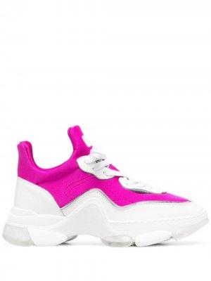 Кроссовки на массивной подошве Furla. Цвет: белый