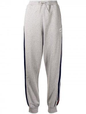 Спортивные брюки с лампасами Être Cécile. Цвет: серый