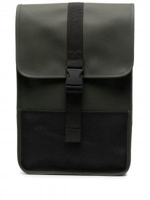 Рюкзак с застежкой на пряжке Rains. Цвет: зеленый