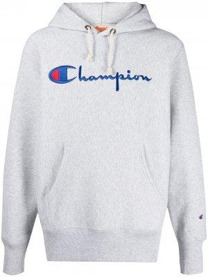 Худи с вышитым логотипом Champion. Цвет: серый