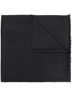 Шаль с бахромой N.Peal. Цвет: черный