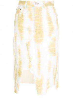 Джинсовая юбка с принтом тай-дай SJYP. Цвет: белый