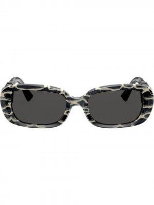 Солнцезащитные очки в овальной оправе с логотипом VLogo Valentino Eyewear. Цвет: черный