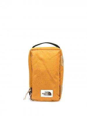 Сумка через плечо с нашивкой-логотипом The North Face. Цвет: оранжевый