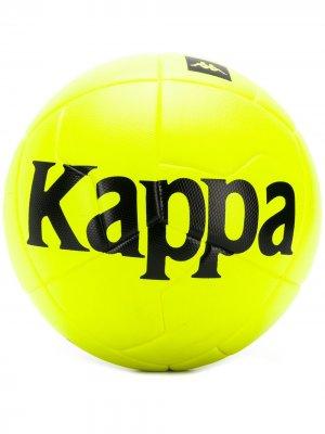 Мяч с логотипом Kappa. Цвет: желтый