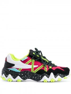 Кроссовки Trail-R на шнуровке Fila. Цвет: черный