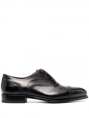 Броги на шнуровке Salvatore Ferragamo. Цвет: черный