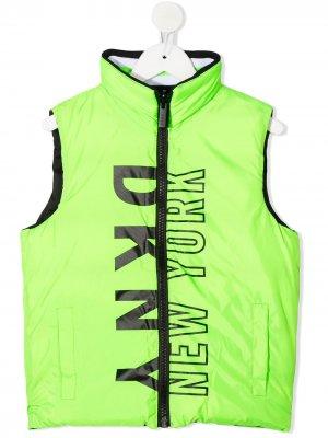 Стеганый жилет с логотипом Dkny Kids. Цвет: зеленый