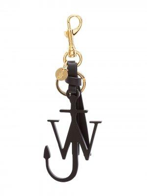 Брелок с металлическим логотипом JW Anderson. Цвет: черный