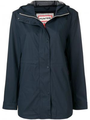 Непромокаемая куртка с капюшоном Hunter. Цвет: синий