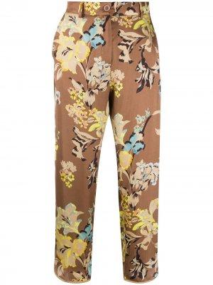 Укороченные брюки с цветочным принтом Seventy. Цвет: нейтральные цвета