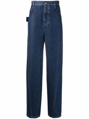 Широкие джинсы с эффектом потертости Bottega Veneta. Цвет: синий
