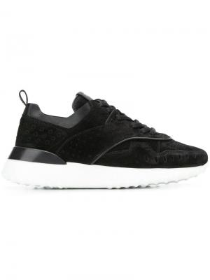Кроссовки на шнуровке с перфорацией Tod's. Цвет: черный