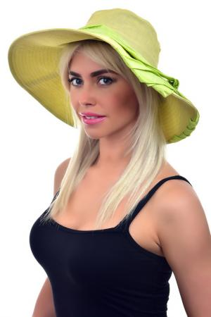 Шляпа Tonak. Цвет: зеленый