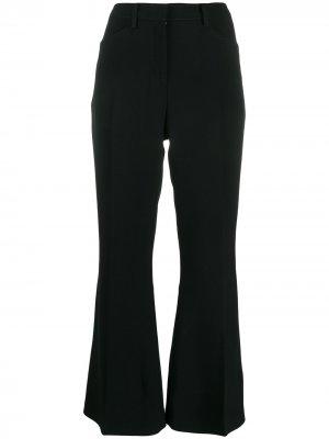 Укороченные расклешенные брюки Nº21. Цвет: черный