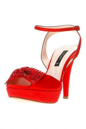 Босоножки ALBANO. Цвет: красный
