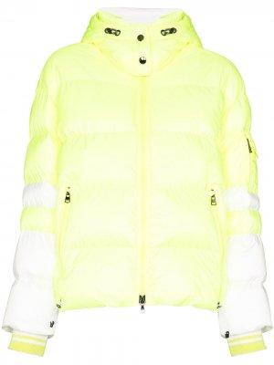 Лыжная куртка Lora Bogner. Цвет: желтый