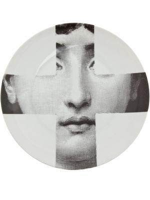 Тарелка с принтом Fornasetti. Цвет: серый