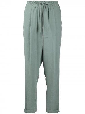 Зауженные брюки с завышенной талией Alysi. Цвет: зеленый