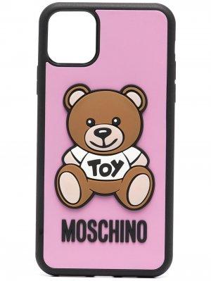 Чехол Teddy Bear для iPhone Pro Max Moschino. Цвет: розовый