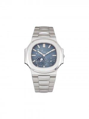 Наручные часы Nautilus pre-owned 42 мм 2006-го года Patek Philippe. Цвет: синий