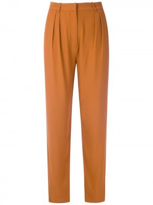 Зауженные брюки со складками Andrea Marques. Цвет: коричневый