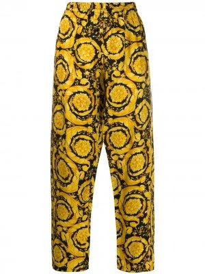 Пижамные брюки с принтом Baroque Versace. Цвет: желтый