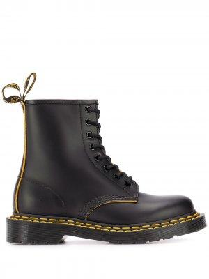 Ботинки с декоративной строчкой Dr. Martens. Цвет: черный