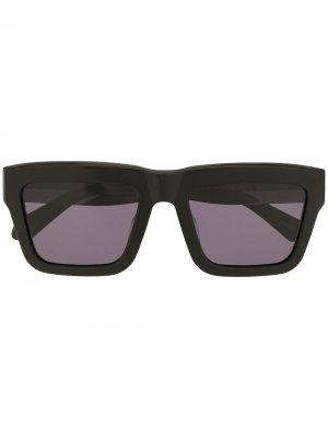 Солнцезащитные очки Crystalline в квадратной оправе Karen Walker. Цвет: черный