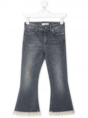 Расклешенные джинсы с кружевом Dondup Kids. Цвет: серый