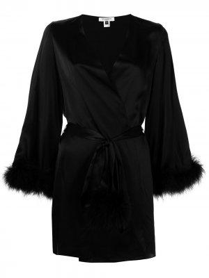 Короткий халат Kitty Gilda & Pearl. Цвет: черный