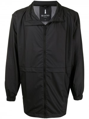 Легкая куртка на молнии с воротником-стойкой Rains. Цвет: черный