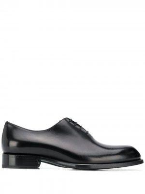 Туфли оксфорды Brioni. Цвет: черный