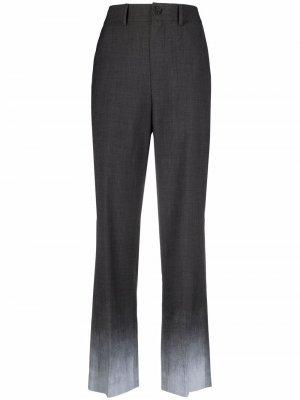 Строгие брюки с эффектом омбре Ader Error. Цвет: серый
