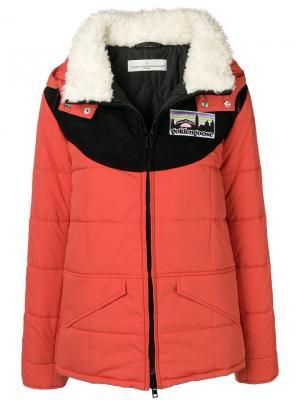 Утепленная куртка с капюшоном Golden Goose Deluxe Brand. Цвет: красный