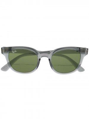 Солнцезащитные очки в прозрачной оправе Ray-Ban. Цвет: серый