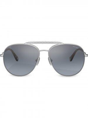 Декорированные солнцезащитные очки-авиаторы Miu Eyewear. Цвет: серебристый