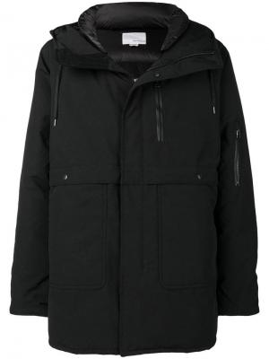 Hooded padded coat Nanamica. Цвет: черный